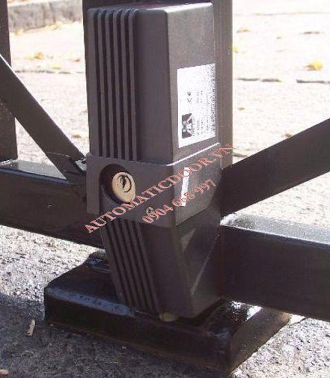 Khóa điện cổng tự động BFT