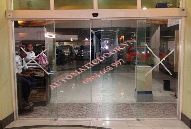 Lắp đặt cửa tự động tòa nhà, trung tâm thương mại