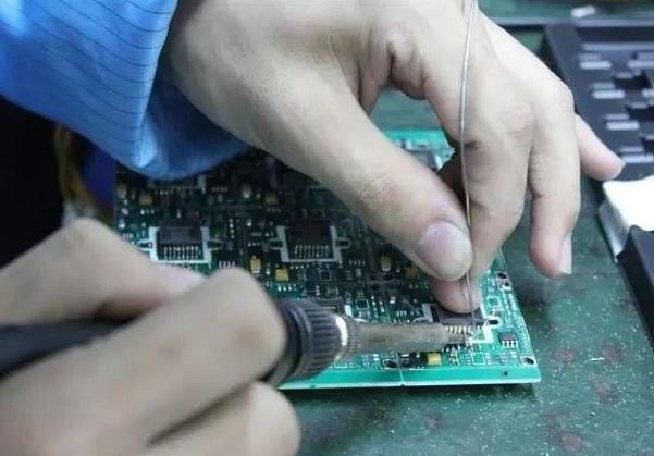 Sửa mạch điều khiển cổng tự động