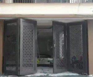 ráp mô tơ cửa cổng italia gấp 4 cánh