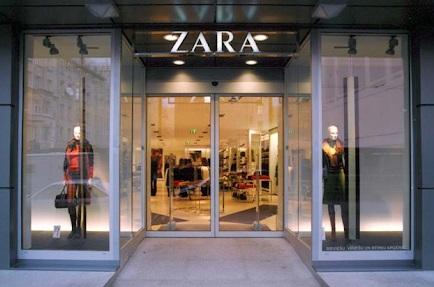 Thiết kế cửa tự động cửa hàng thời trang