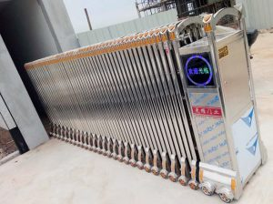 Mẫu cổng xếp INOX 304 tại cổng vào khu công nghiệp