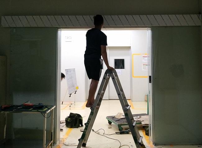 Cửa tự động phòng mổ thẩm mỹ viện