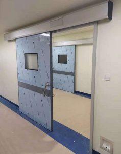 Cửa phòng mổ tự động trong bệnh viện