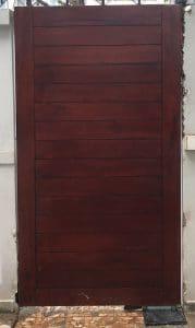 ráp mô tơ âm sàn cổng gỗ 1 cánh