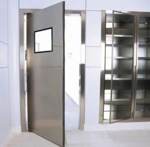 cửa mở xoay có cánh và khung bao inox 304