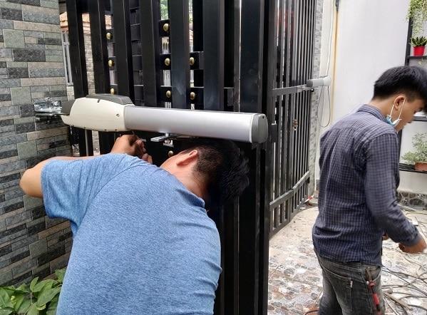 Cách mua cửa cổng biệt thự SÀI GÒN