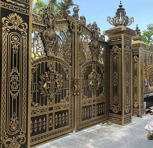 Cách lựa chọn cổng và hàng rào bằng sắt