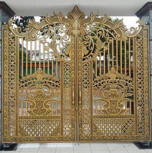 mẫu cổng cửa biệt thự nhôm đúc