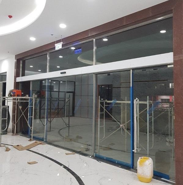 Lắp đặt cửa kính tự động Hồ Chí Minh