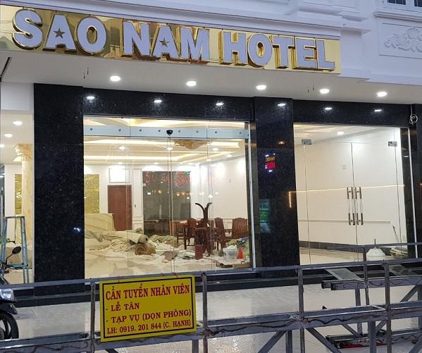 Lắp đặt cửa tự động nhà hàng, khách sạn
