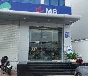 cửa kính lùa tự động ngân hàng MB BANK