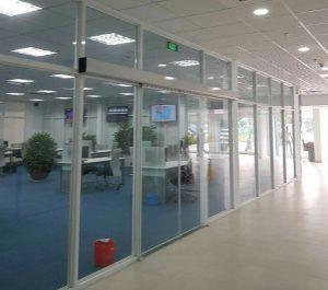 cửa kính tự động văn phòng nhập khẩu