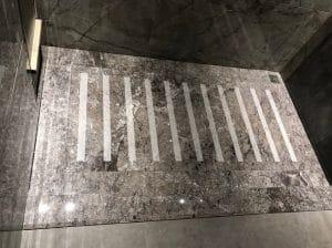 cửa phòng bí mật âm sàn
