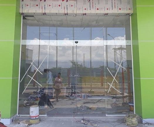 Cửa kính tự động cho cửa hàng
